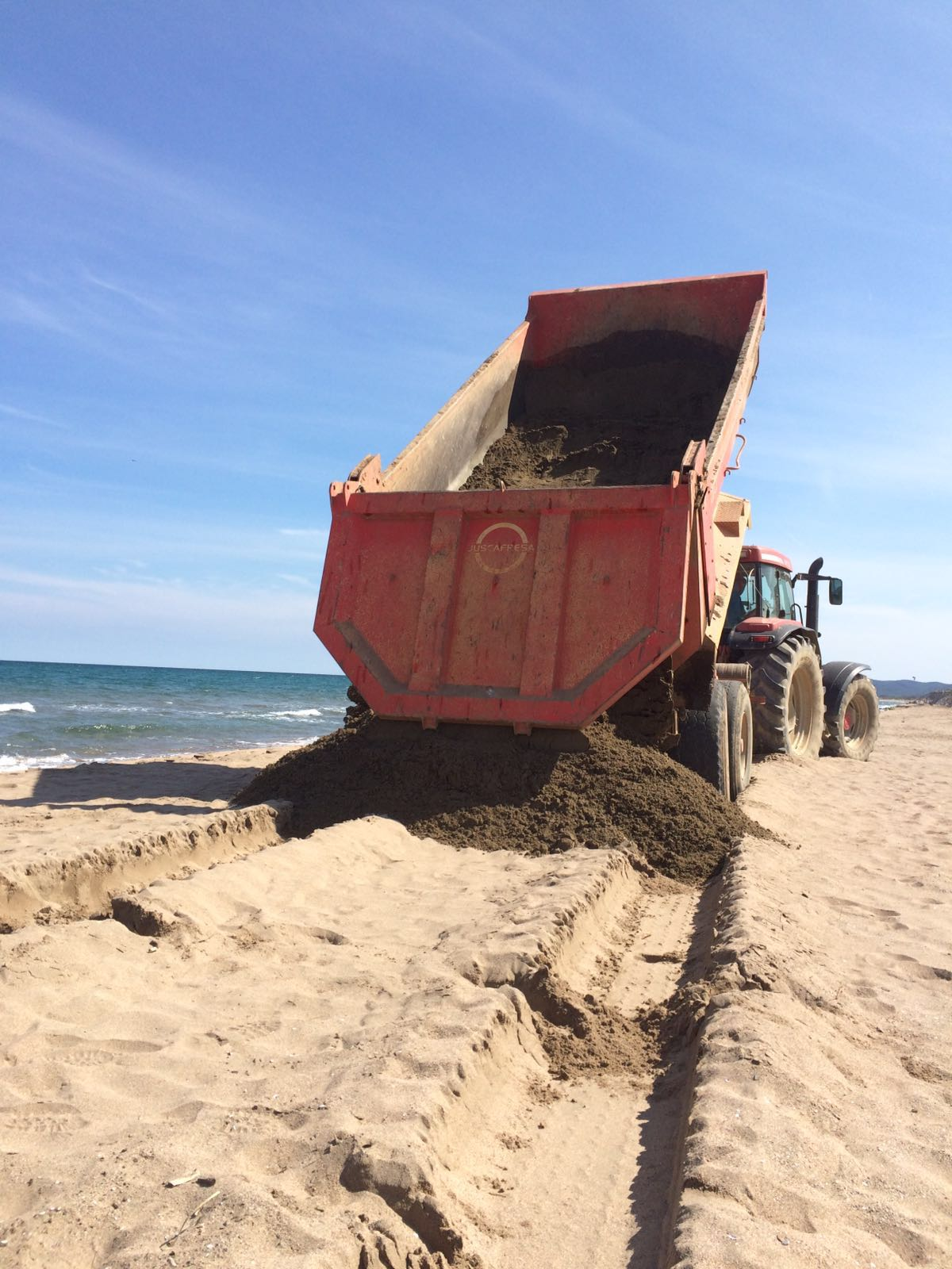 Extraccio sorra platja gran (3)
