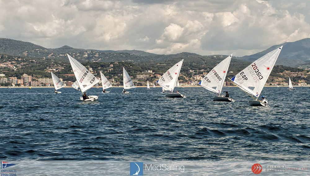 exit rotund equip catamara cne medsailing