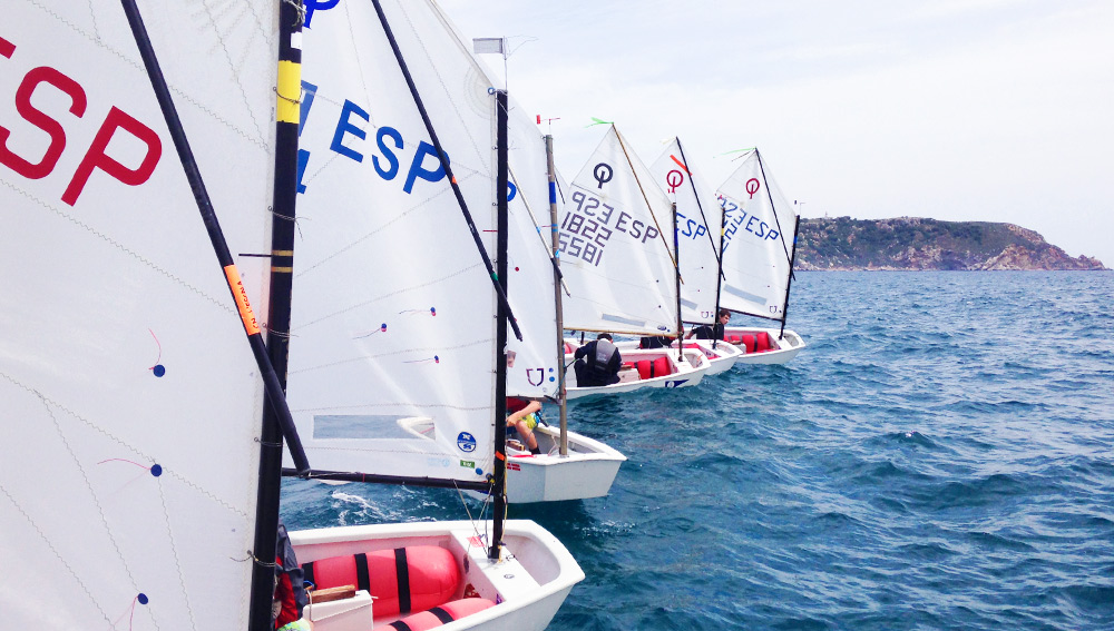 03-Regata-Estartit---Classe-Optimist