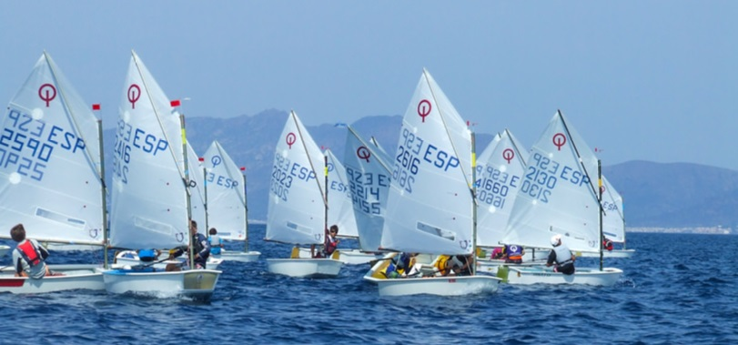 regata atena optimist