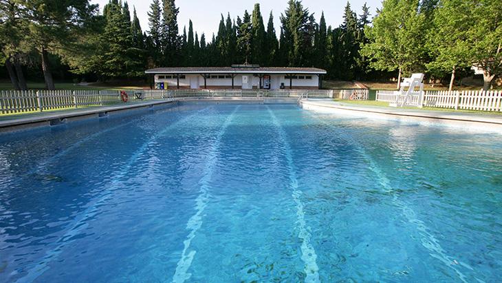 Cours de natation et piscine l estartit costa brava for Club piscine catalogue