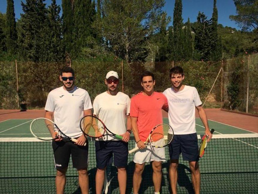 equip de tennis +30