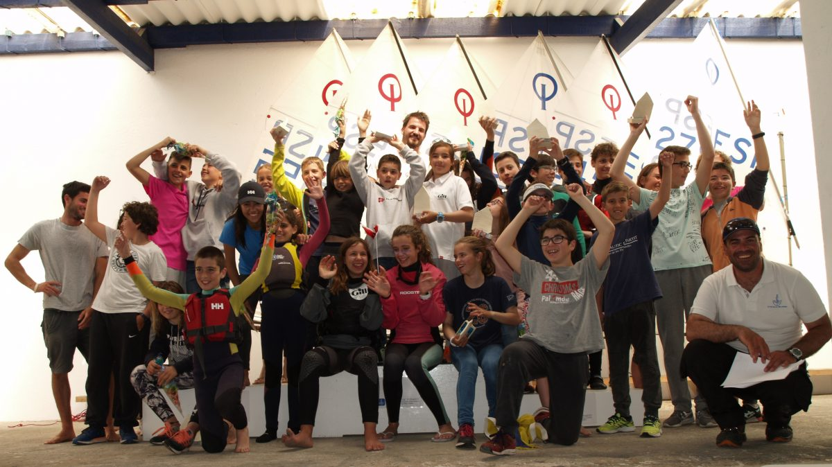 regata_optimist_estartit_tots_participants