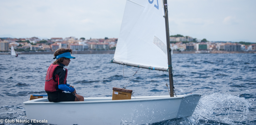 regata_atena_club_nautic_escala_equip_optimist