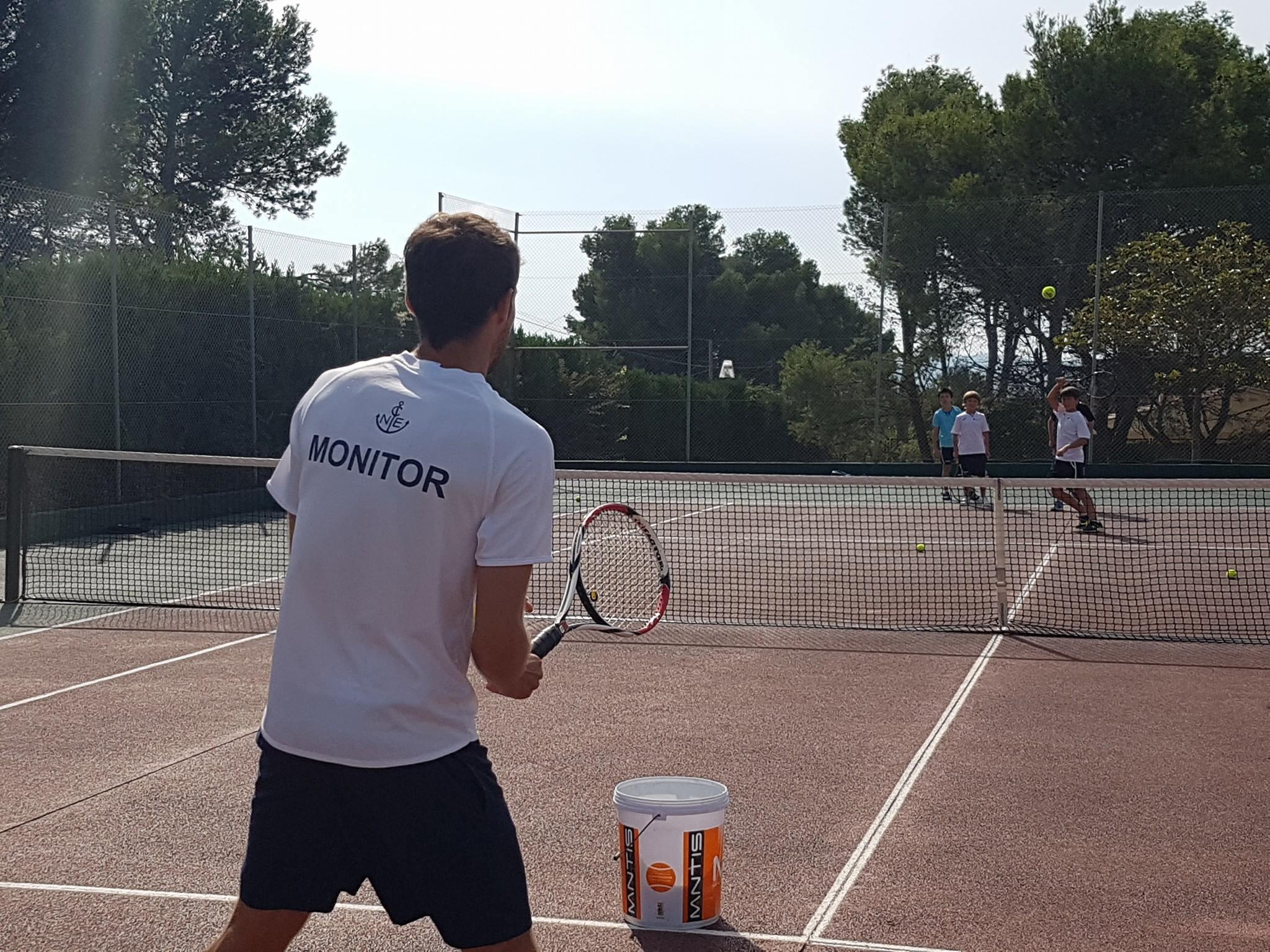 escola de tennis hivern 2018/2019